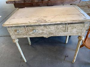Vintage desk/Vanity for Sale in Lakeland, FL