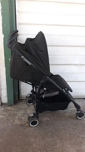 Stroller maxi cosi for Sale in Fresno, CA