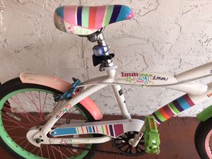Little Misfit Girls Bike for Sale in Miami, FL