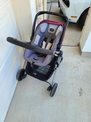 Evenflo Pivot Modular Travel System with ProSeries LiteMax Infant Car Seat - for Sale in DeSoto, TX