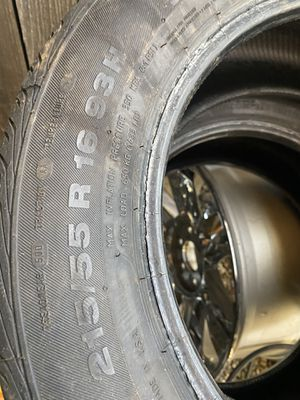 2 tires 215/55r16 for Sale in Renton, WA