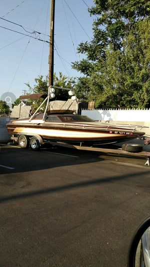 84 Omega Day Cruiser 24 footer for Sale in Las Vegas, NV