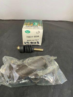 Lpr - Clutch Slave Cylinder - Mazda RX7 - 84/85 - OE FA42 41 920AA for Sale in Fontana, CA