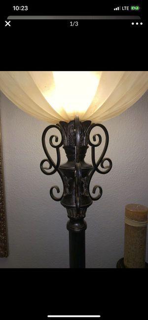 Kirklands floor lamp for Sale in Miramar, FL