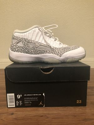 Air Jordan 11 Retro Low - 9.5 for Sale in Dallas, TX