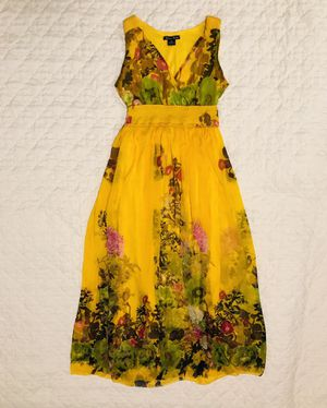 Floral yellow dress, size S and M, beautiful, worn once or twice! for Sale in Columbus, OH
