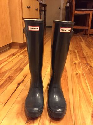 Hunter Original Gloss Rainboots (Size 6) for Sale in Bend, OR
