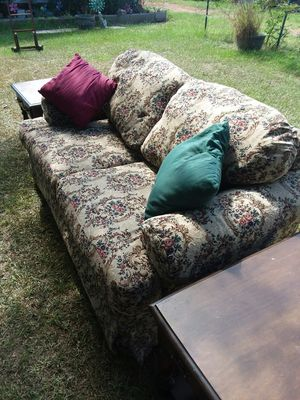 love seat with two end tables and two pillows. I good shape for Sale in Wetumpka, AL