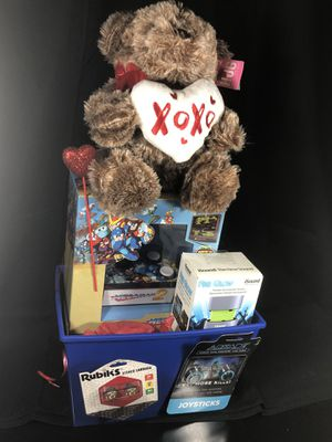 Valentine's Basket Boys with Game, Speaker, Earbuds etc for Sale in Kissimmee, FL