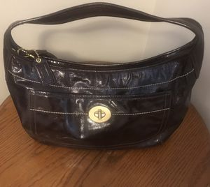 """Coach """"Ergo"""" large patent leather hobo bag for Sale in North Olmsted, OH"""