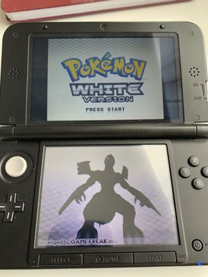 Nintendo 3DS Black comes with 300+ Games. for Sale in Wildomar, CA
