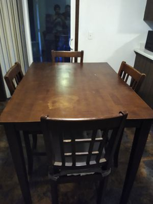 Kitchen table n chairs for Sale in Denver, CO