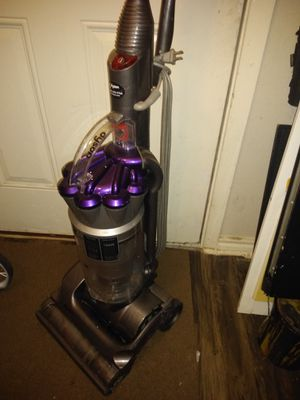 Dyson absolute vacuum for Sale in San Antonio, TX