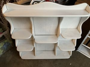 Small Wall Shelve Vintage for Sale in Buena Park, CA