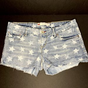 Levi's shorty short for Sale in Orlando, FL