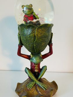 Beautiful Frog Globe - Inspires Imagination And Reading for Sale in Irvine,  CA