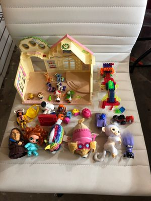 Toys random toys as pictured take it all for Sale in Perris, CA