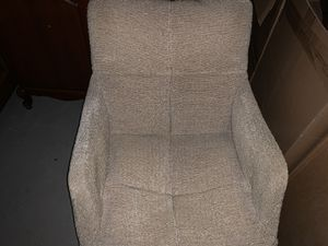 Retro Chair with Foot Rest for Sale in Englewood Cliffs, NJ
