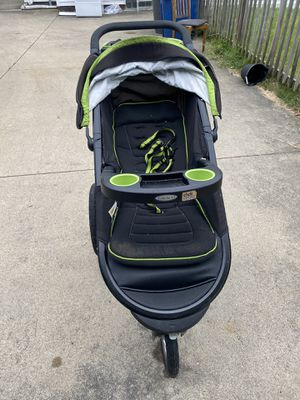 stroller for Sale in Toledo, OH
