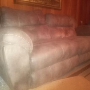 Brown power reclining sofa w/ USB for Sale in Loganville, GA