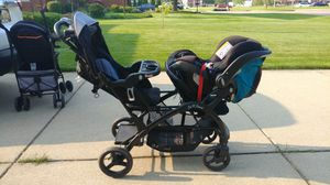 Baby Trend Sit 'n' Stand Elite Double for Sale in Sterling Heights, MI