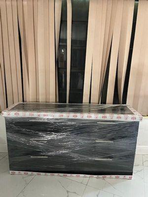 NEW BLaCK DRESSER Negro Nuevo -COMODA-GABETERO-BLACK or WHITE). for Sale in Miami, FL