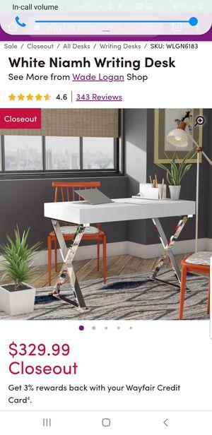 Beautiful vanity desk/work desk for Sale in Brooklyn, NY