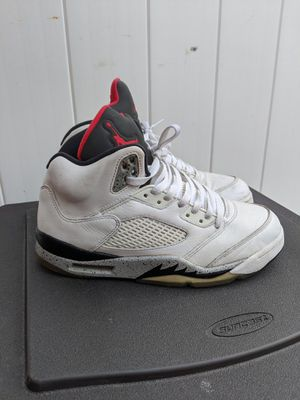 Nike Air jordan retro 5 cement with red / black size 9. for Sale in Brooklyn, NY