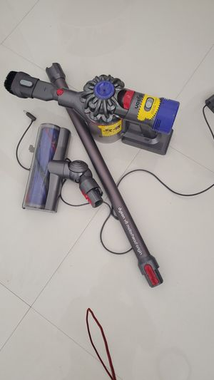 Portable Dyson Vacuum Cleaner v8 motorhead origin Portable Bluetooth Best Offer Wins! for Sale in HALNDLE BCH, FL