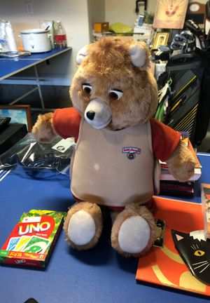 Teddy Ruxpin with tag and original tape. Does not work. for Sale in Rolesville, NC