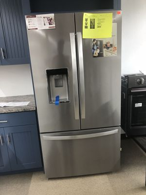 Whirlpool Stainless steel Conterdepth fingerprint resistant french door for Sale in Norcross, GA