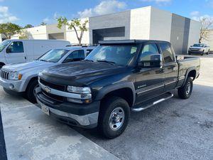 2002 Chevy Silverado for Sale in Miami, FL
