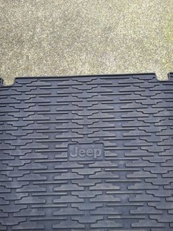 Jeep Cargo Mat for Sale in Renton,  WA