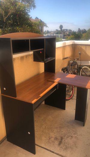 Desk / Computer Desk for Sale in National City, CA
