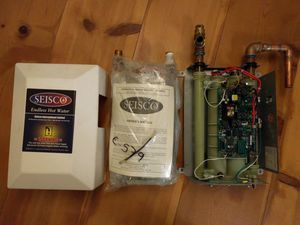 Seisco Electric Tankless Water Heater RA-14 for Sale in Seattle, WA