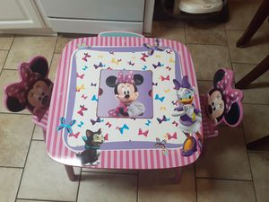 Kids minnie mouse table and chairs for Sale in Creedmoor, TX