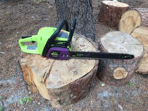 "18"" Poulan Wild Thing chainsaw 40cc for Sale in Bend, OR"