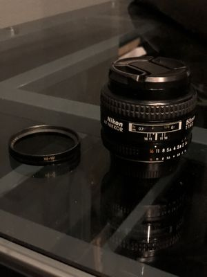 Nikon 50 mm lense with polarizing filter works excellent for Sale in Los Angeles, CA