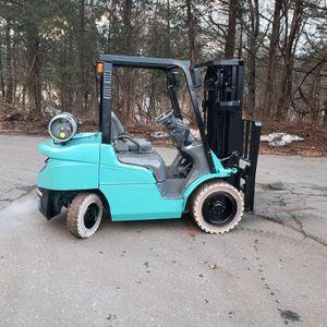 Mitsubishi 6000lb Forklift for Sale in Scotch Plains, NJ