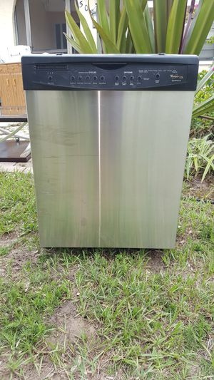 Dishwasher for Sale in Ruskin, FL