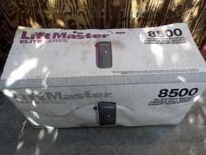LIFTMASTER ELITE SERIES 8500W GARAGE OPENER for Sale in Los Angeles, CA