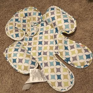 Like new Nuby Reversible Baby Full Body Support for Head and Neck, Car Seat and Stroller, Petals for Sale in Henderson, NV