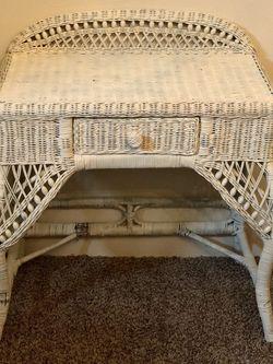 White Wicker Desk for Sale in Beaverton,  OR
