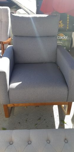Rocking sofa chair for Sale in Temple City,  CA