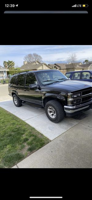 99 Chevy Tahoe 4x4 for Sale in Roseville, CA