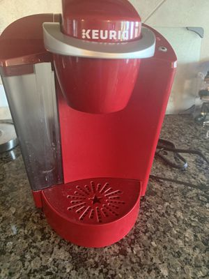 Almost new Keurig Coffee Maker. In GREAT condition! for Sale in San Antonio, TX