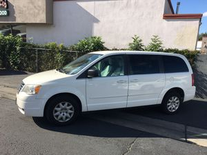 2009 Chrysler Town and Country Mini Family Van for Sale in Glendora, CA