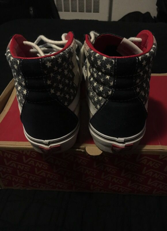 Vans W Box Sz 9.5 USA
