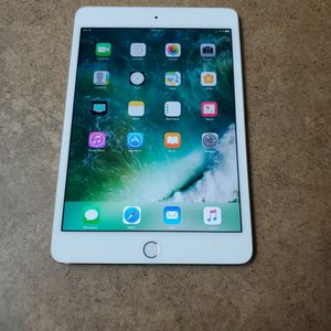 Apple IPad Mini 4 - 16GB for Sale in Fort Lauderdale, FL