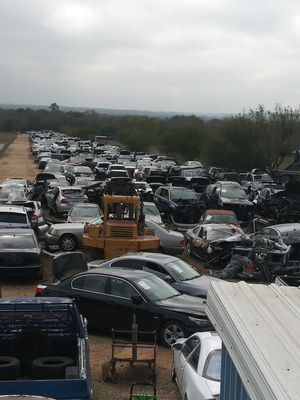 Bmw and Mercedes parts new and used parts available for Sale in Von Ormy, TX